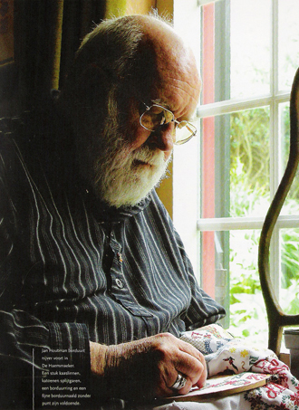 Jan Houtman borduurt