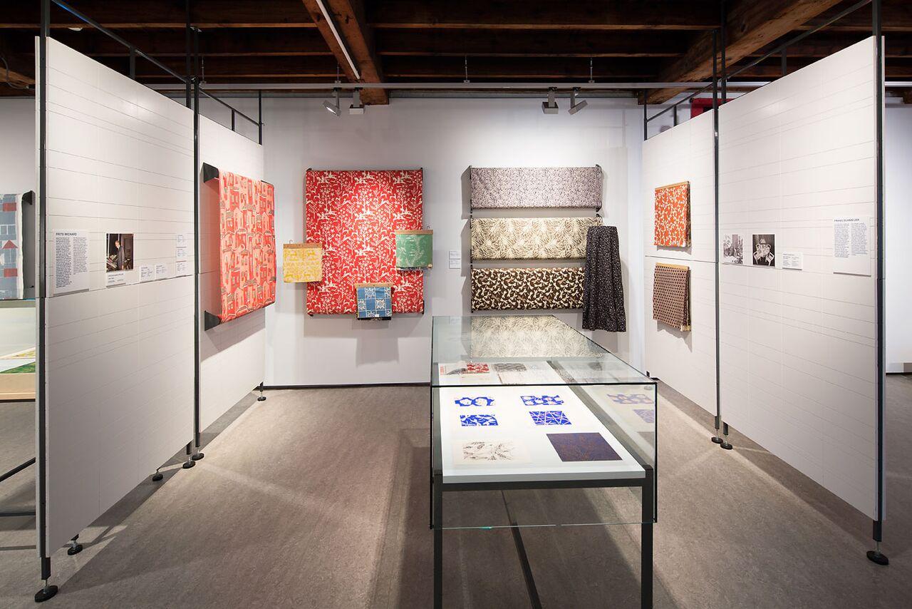 Textielmuseum - Weverij De Ploeg - ontwerpen van Frits Wichard en Frans Dijkmeijer - foto Tommy de Lange
