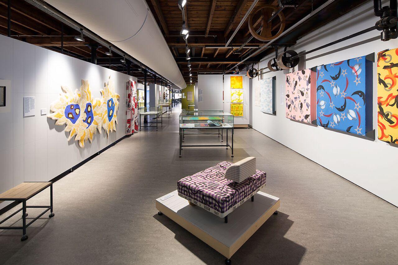 Textielmuseum - overzicht Figuratie - foto Tommy de Lange