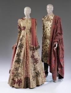 Huwelijksensemble - Sabyasachi Mukherjee 2015 - Victoria & Albert Museum