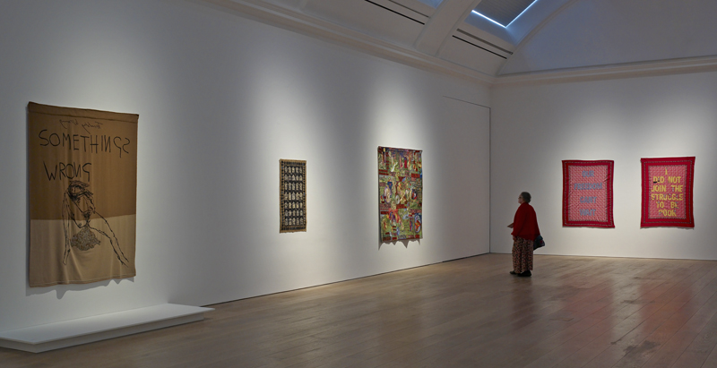 Zicht op de tentoonstelling - foto Michael Pollard.