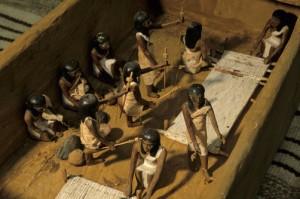 Model van een oud-Egyptische weverij, gevonden in de graftombe van Meketre - foto National Geographic.