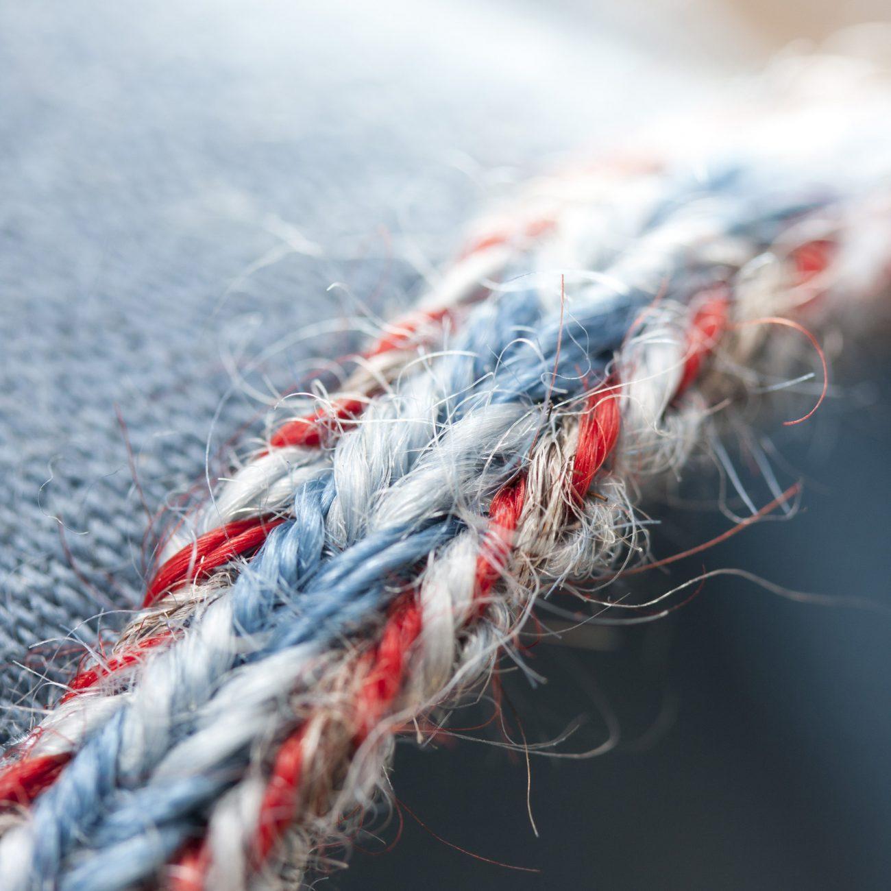 Detail van een geweven band.