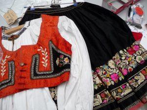 Roemeens vest en rok.