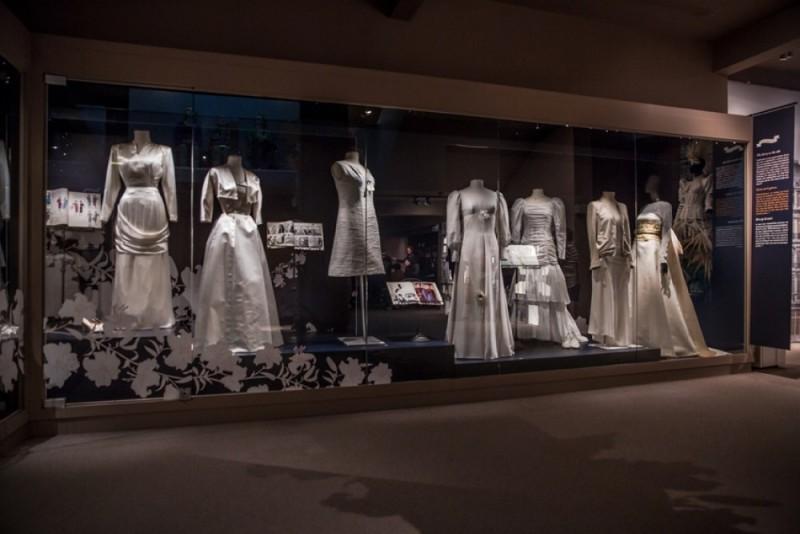De bruidsjurk, een geschiedenis van de mode - foto E. Danhier.