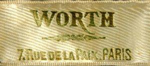 Merklabel van Charles Frederick Worth.