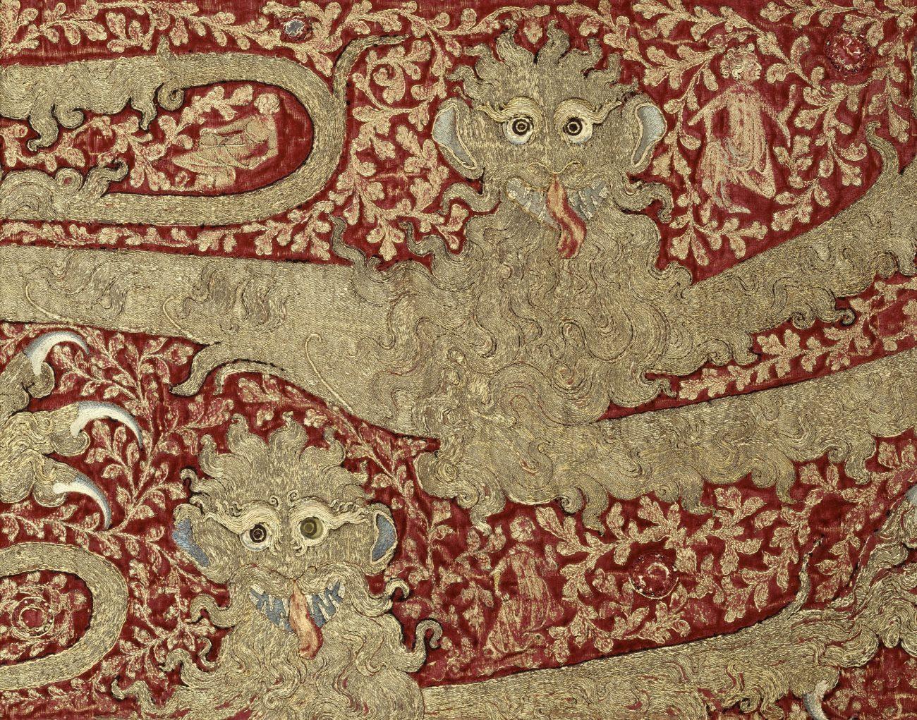 Opus anglicanum - Borduurwerk van luipaarden, gemaakt voor Edward III van Engeland - Museum van Cluny, Nationaal Museum van de Middeleeuwen, Parijs.