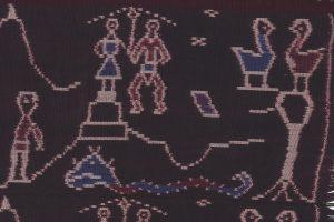 Schouderdoek uit Flores. Het toerisme is tegenwoordig een belangrijke inspiratiebron voor de wevers.