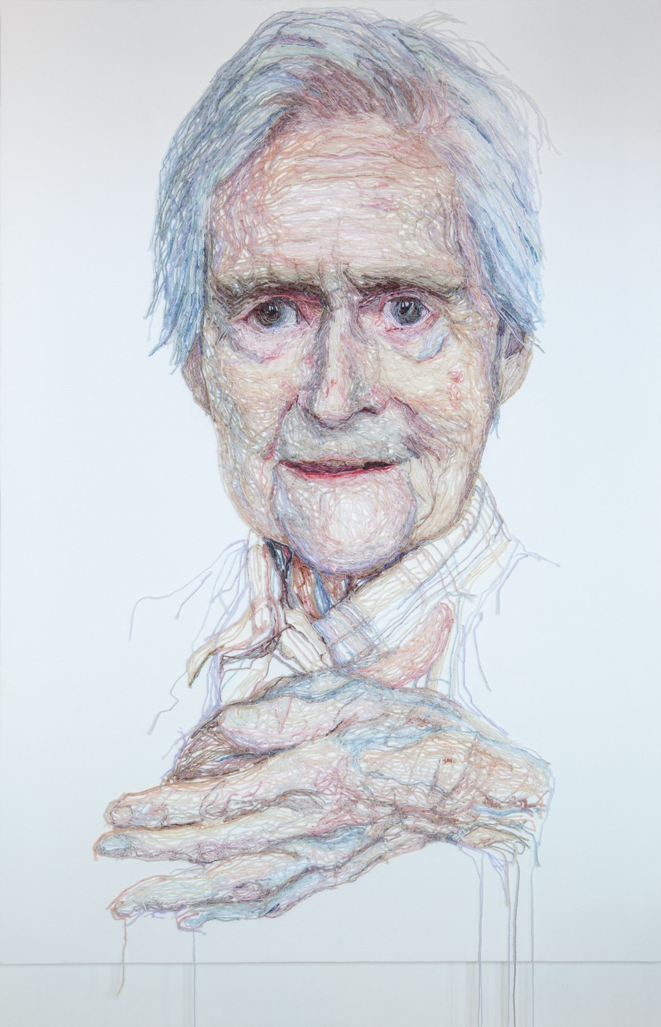 Jenni Dutton, Dementia Darning, Mum rubbing her hands, 2012, wollen draden, netting, canvas, 130 x 90 cm - foto Rupert Mardon.