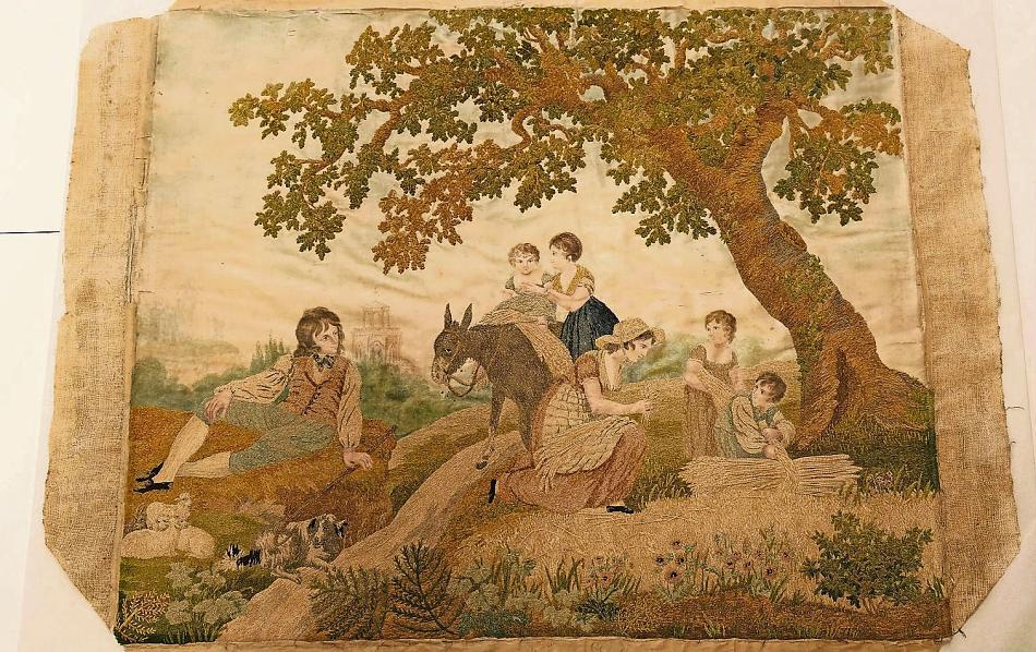Borduurwerk uit circa 1800 in chenillegaren naar een prent van Richard Westall.