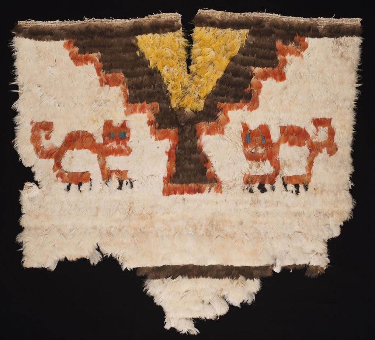Unku met veren, Peru, late Inca-beschaving, tussen 1450 - 1532.