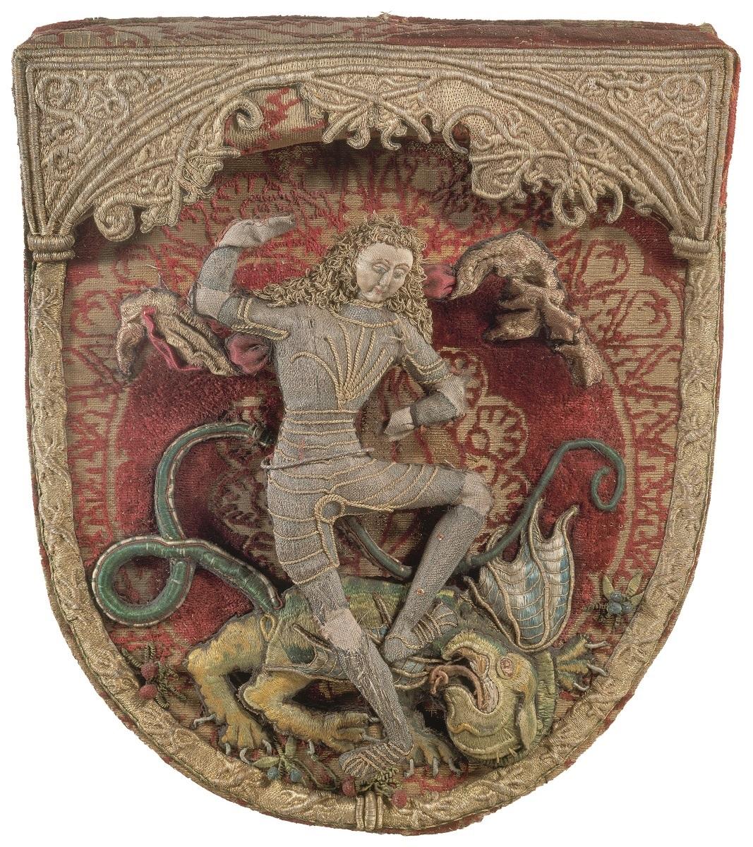 Afbeelding van St. Joris op het schild van een koorkap - foto Thomas Richter.