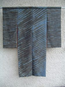 Arashi shibori kimono - Handwerkwereld