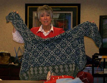 Meg Swansen op de knittingcamp - Handwerkwereld