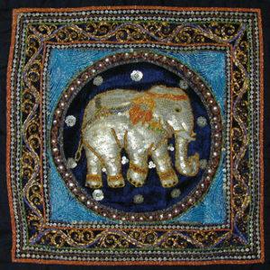 Shwe chi doe met olifant - Handwerkwereld