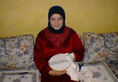 Marokkaans borduren kussen in wording in Fez - Handwerkwereld
