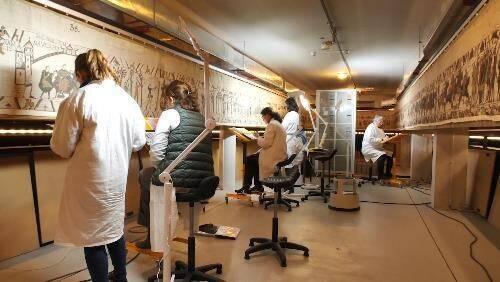Onderzoek voorafgaand aan de restauratie van het Wandtapijt van Bayeux - Handwerkwereld
