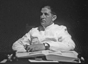 Alfred Steinmann, ca. 1930 - scheepsmotieven weefsels Zuid-Sumatra - Handwerkwereld